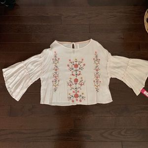 Brand new cropped blouse